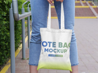 Canvas Tote Bag in City Mockups